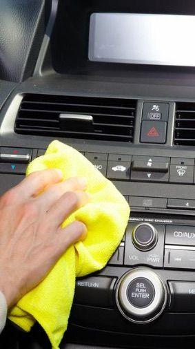 Nettoyage int rieur de voiture vapeur odeur de cigarette for Centre de nettoyage interieur voiture