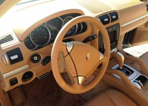 Porsche -Cayenne-interieur2c