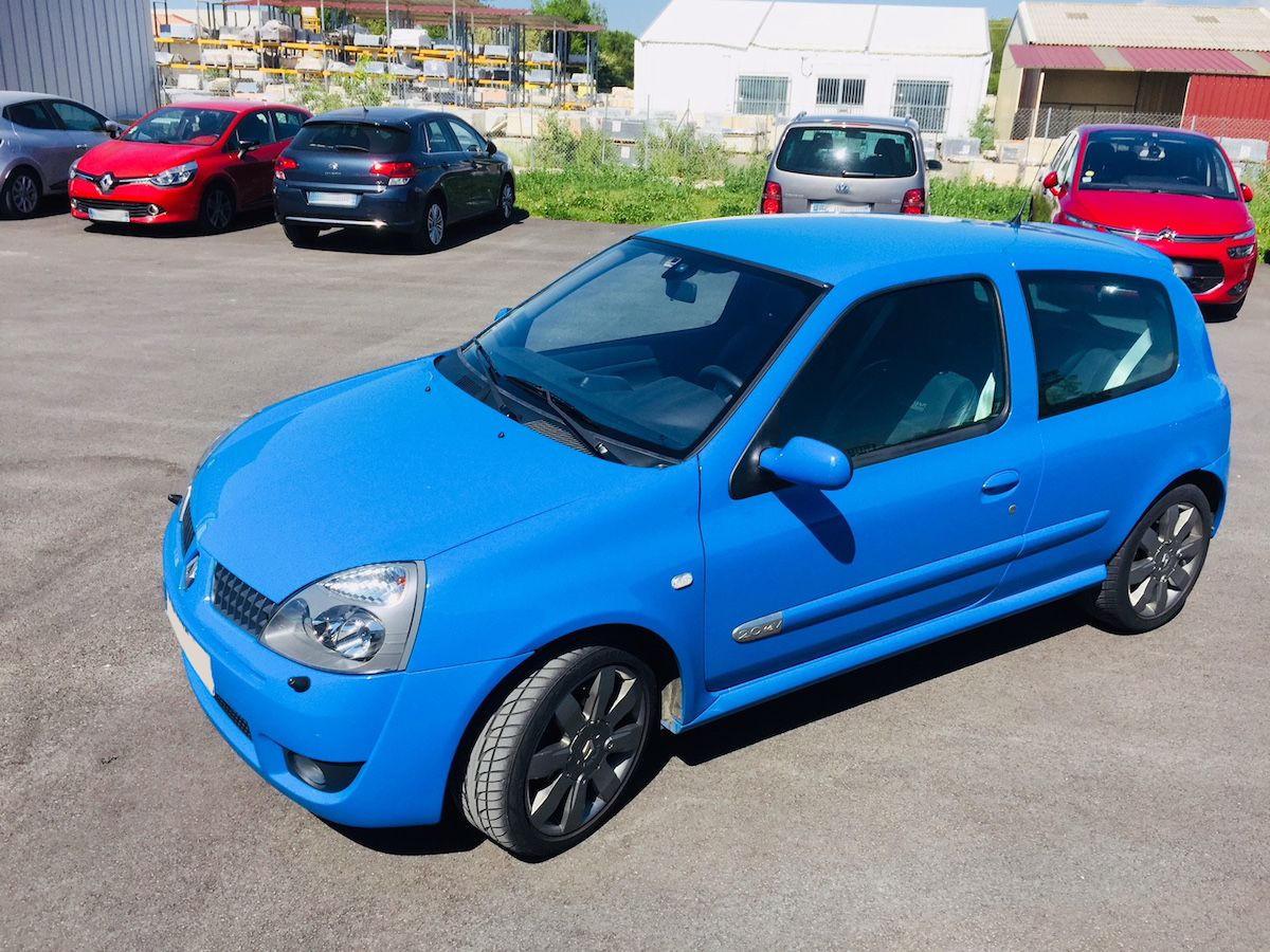 cote-Clio-RS-182cv-2004-bleu-dynamo-a-vendre