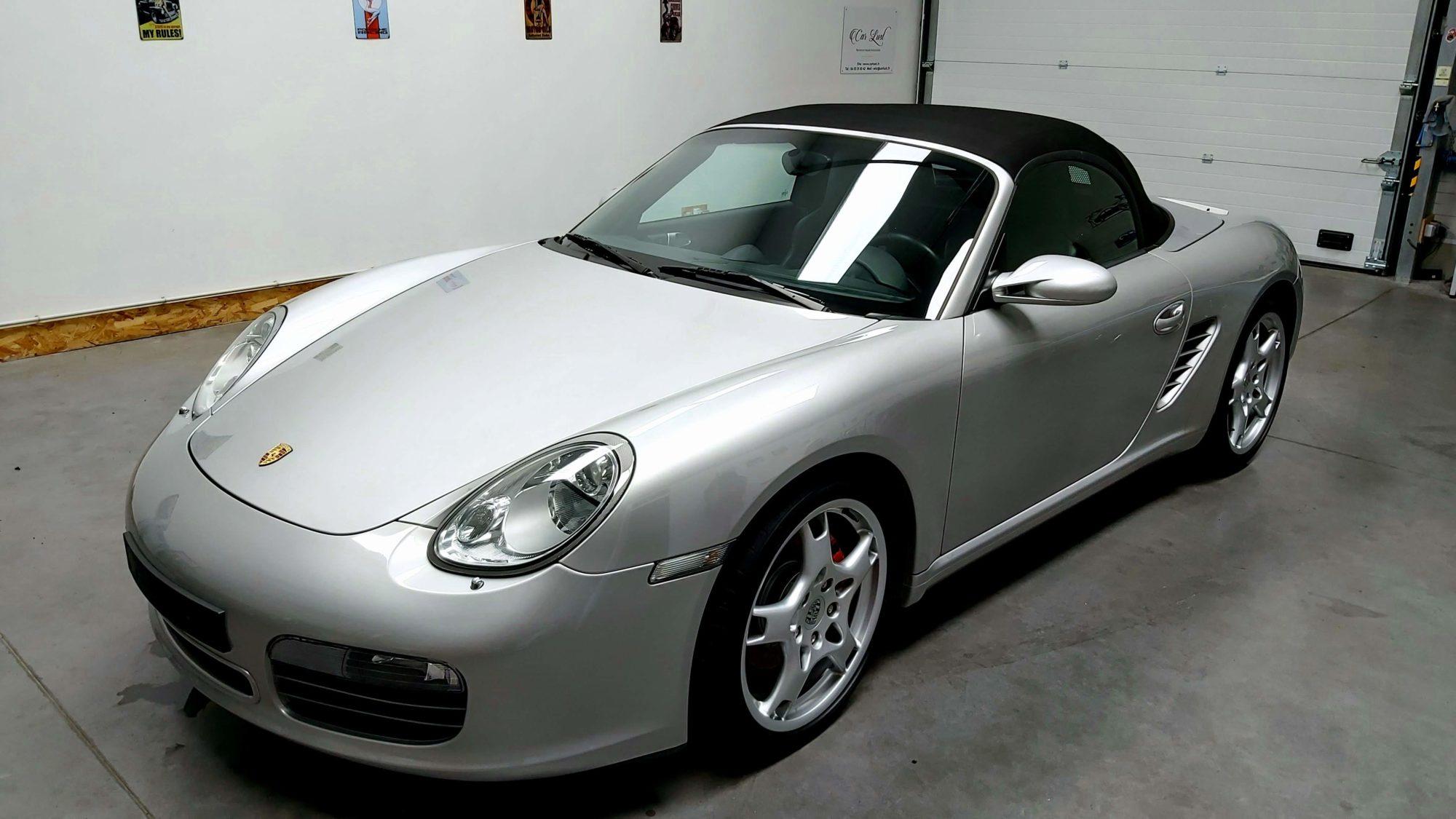 Porsche Boxster S gris